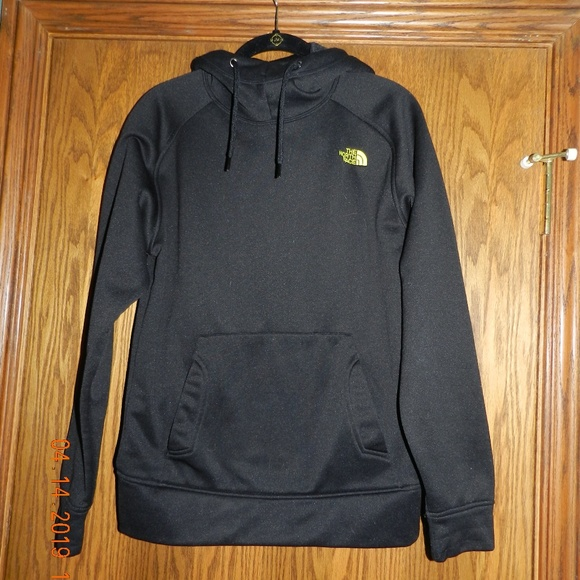 85cd31c5e Men's North Face Black Pullover Hoodie